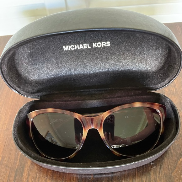 Michael Kors Sunglasses Carey's Tortoise & Case